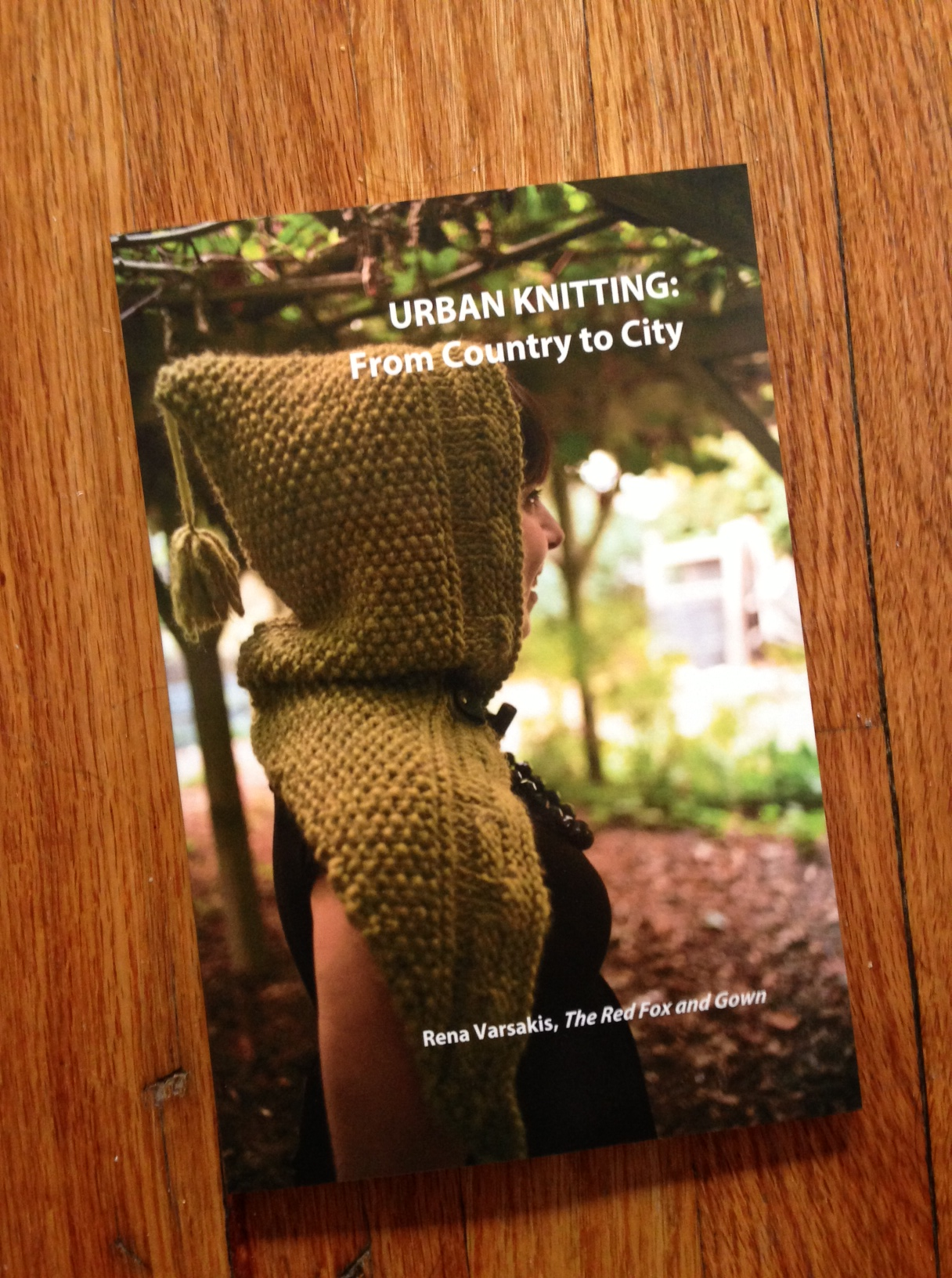 Free Knitting Patterns For Dogs Sweater : Urban Knitting Book The Red Fox and Gown